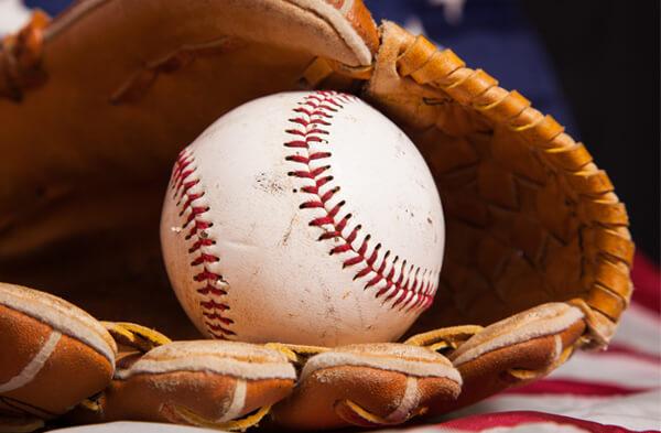 STEM-Cafe-Baseball-Centerpiece