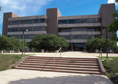 Founders Memorial Library