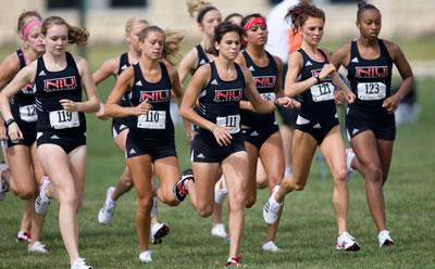 NIU Huskies women's cross country team