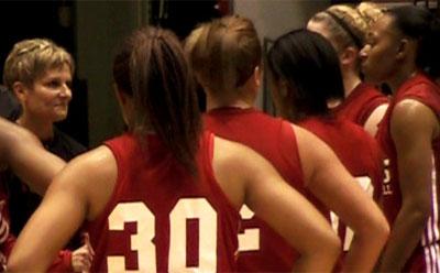 Kathi Bennett talks to the NIU women's basketball team