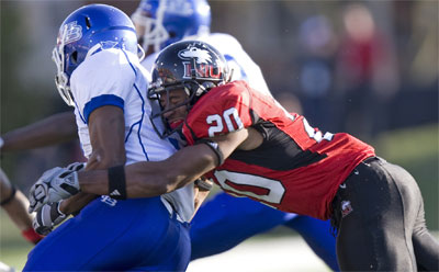 Tommy Davis makes a tackle Saturday, Oct. 16.