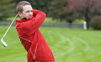 Huskie golfer Griffin Bauman