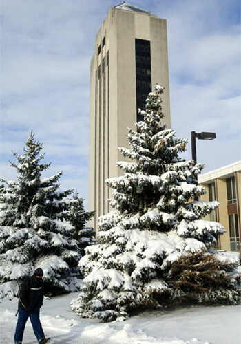 Photo of the Holmes Student Center in winter