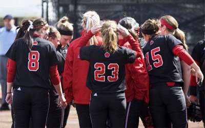 NIU Huskies softball team
