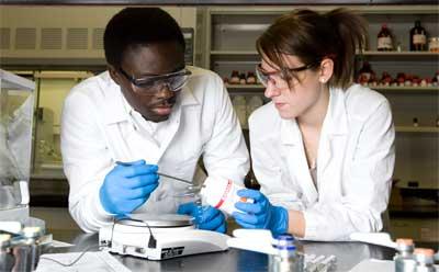 NIU chemistry students