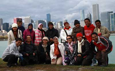 Fifteen Indonesian doctoral students from three universities in Sulawesi, who came to NIU in fall 2010 as part of an exchange program funded by the Indonesia Department of Education, visited Chicago and several other U.S. cities before returning to Indonesia. (CSEAS file photo)