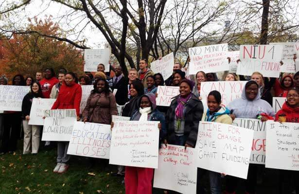 College students rallied Wednesday in Springfield to urge continued funding of MAP grants.