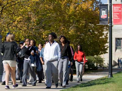 Photo of an autumn campus tour at NIU