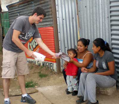 USOAR Award Winner and Public Health major Jeff Lamble conducted a research project on city landfills in Guatemala.