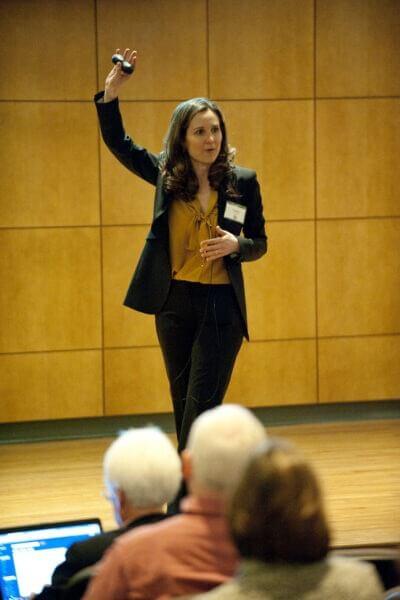 Lindsay Pollak addresses the NIU-Naperville crowd