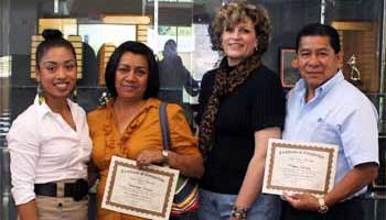 Vanessa Segundo, Francisca Ortega, Sheila Conrad, Manuel Ortega.