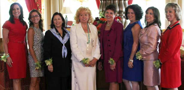 Rosato (second from left, next to WGN-TV's Dina Bair) was one of eight winners of the Impressa award.