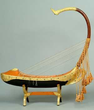 Laquered wood harp, NIU Burma Art Collection