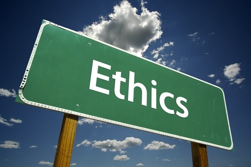 "Photo of the word ""Ethics"" on a road sign"