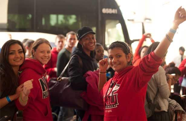 NIU students arrive in Miami