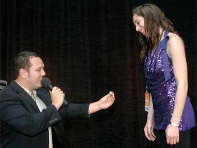 Henry Kappler proposes to Jennifer Knigge. She said yes!