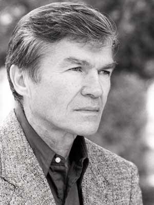 Lucien Stryk