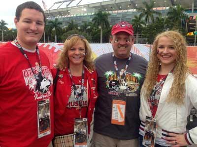 Huskie fans enjoy tailgate party in Florida