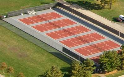 Huskie Tennis Courts