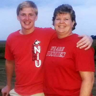 Mason Bross, pictured with his mother, Lori, core microscopy facility manager in the NIU Department of Biological Sciences, received the first SPS scholarship in 2013.3.
