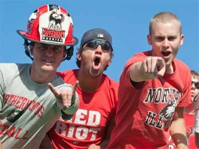 Huskie football fans