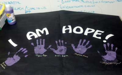 "Photo of an ""I Am  Hope!"" banner"
