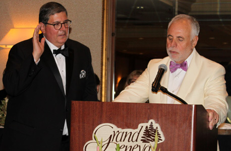 NIU Law alumnus Rick Felice ('79) is sworn in June 20 as the 138th president of the Illinois State Bar Association by Illinois Supreme Court Justice Robert R. Thomas at the organization's annual meeting.
