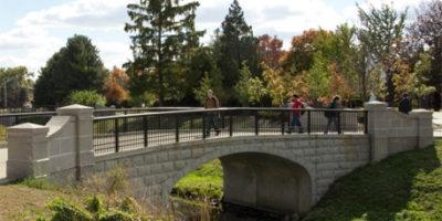 Photo of the bridge over Watson Creek
