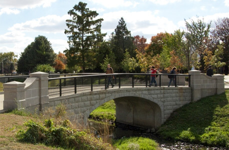 Photo of the bridge over Watson Creek