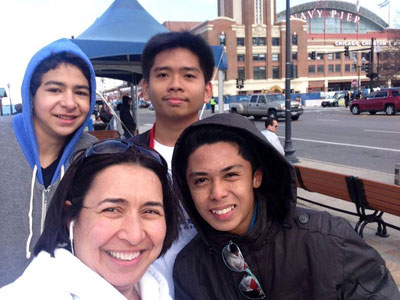 Kareem Elsawa (left) and Sherine Elsawa enjoy a day at Navy Pier in Chicago with their 2014 PYLP participants Termizie Masahud and Earl Padayao.