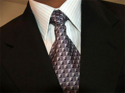 Picture of a suit and tie