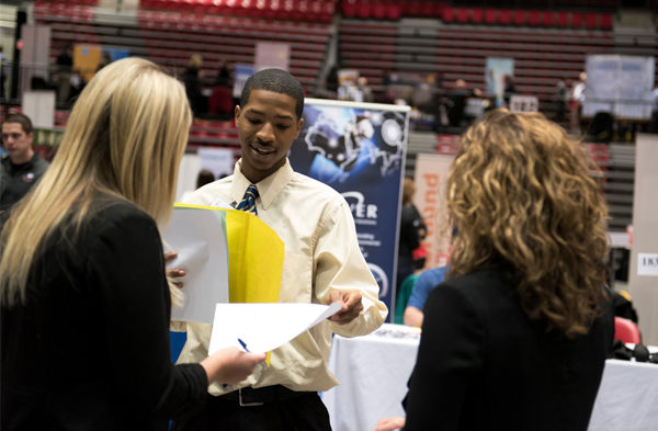 career-fairs-centerpiece